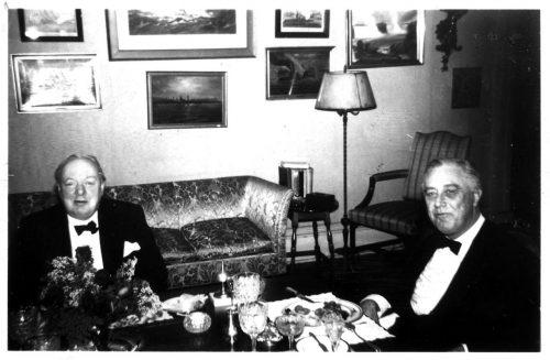 «Никогда не стой, если можно сесть, никогда не сиди, если можно лечь»: каким был распорядок дня Черчилля