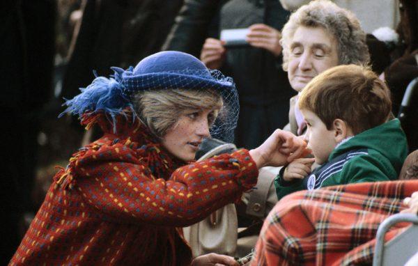 Не святая Диана Уэльская: вздорный характер под ангельской оболочкой
